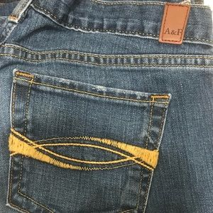 Abercrombie and Fitch Emma Jean Sz 8R